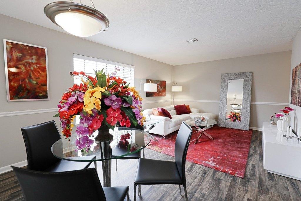 Photo : Apartments Near University Of Alabama Images. 2 Bedroom ...