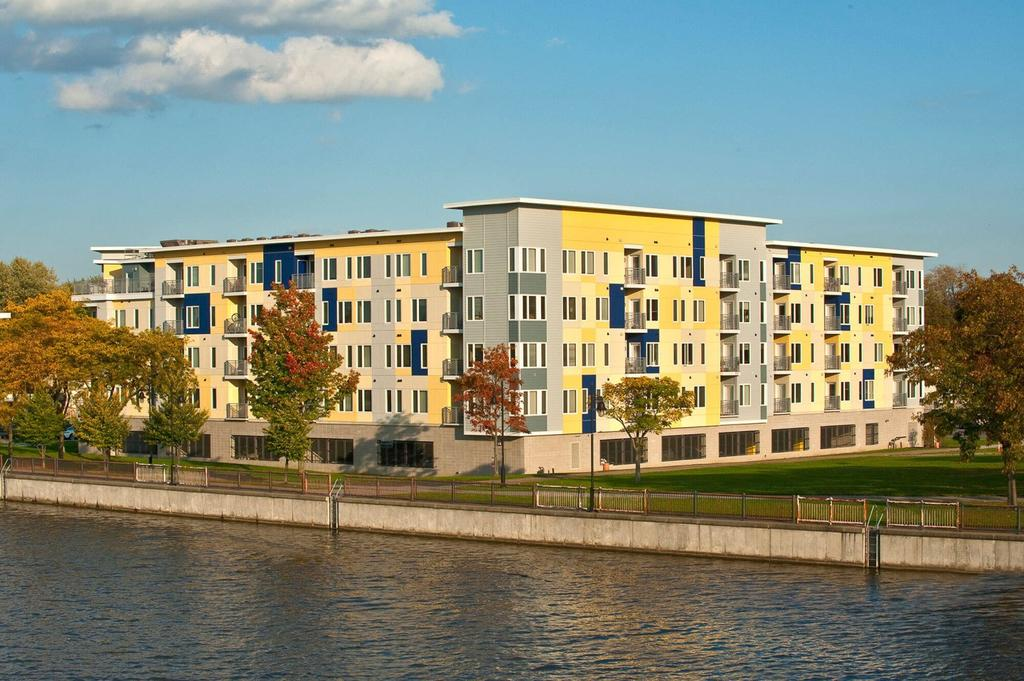 Erie Harbor Apartments and Townhomes