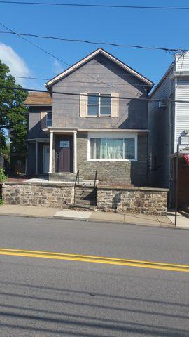 212 S Main St # 2 Ndflr, Taylor, PA 18517
