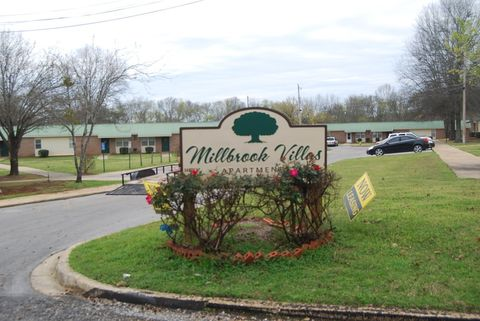 Photo of 386 Thornfield Dr, Millbrook, AL 36054
