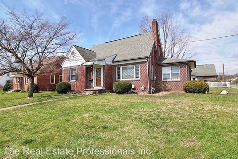 Photo of 9 Grosstown Rd, Stowe, PA 19464