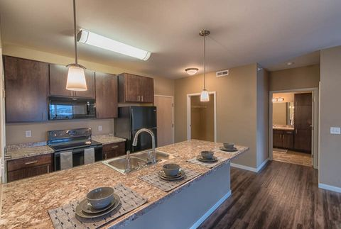 Photo of 1402 Belsly Blvd, Moorhead, MN 56560