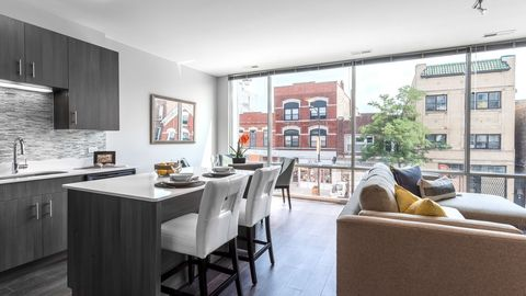 Photo of 1838 W Chicago Ave, Chicago, IL 60622