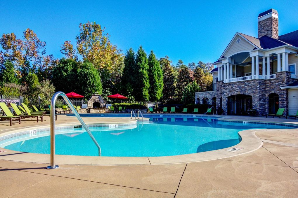 100 Walden Heights Dr, Columbia, SC 29063