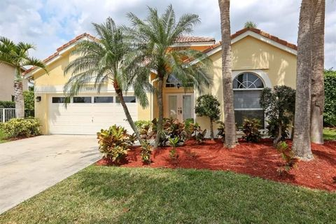 Photo of 1391 Nw 185th Ave, Pembroke Pines, FL 33029