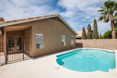 3014 E Kerry Ln, Phoenix, AZ 85050