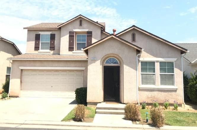 1723 Glen Kippen Ln, Clovis, CA 93619