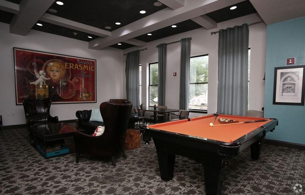 The Munsey Apartments Baltimore Md: 7 N Calvert St, Baltimore, MD 21202