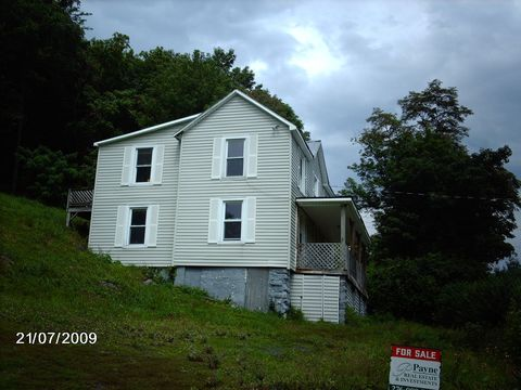 Photo of 391 Dogwood Rd, Tazewell, VA 24651