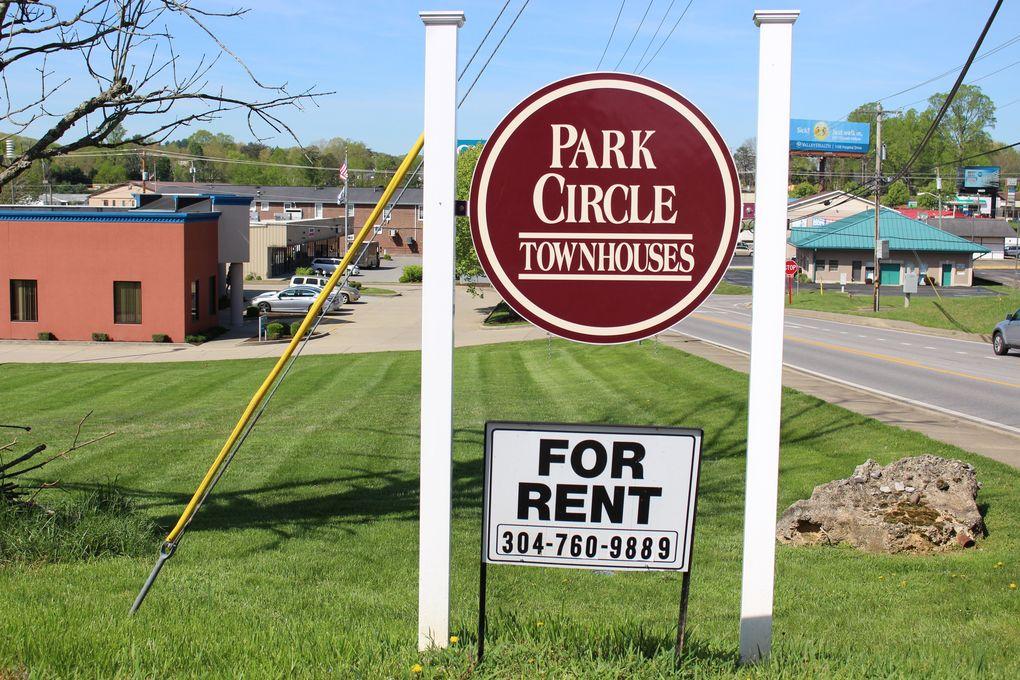 57 Park Cir, Scott Depot, WV 25560