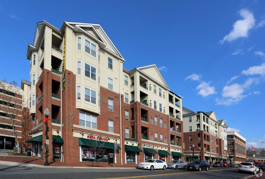 108 Olde Towne Ave, Gaithersburg, MD 20877