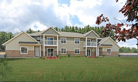 Photo of 1785 Park Ave, Plover, WI 54467