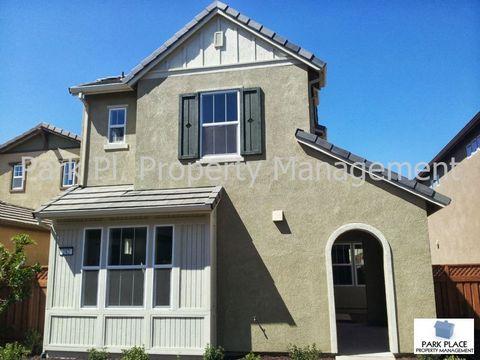 242 W Erics Way, Mountain House, CA 95391