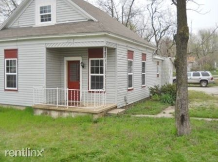 Photo of 2901 W Grand St, Springfield, MO 65802
