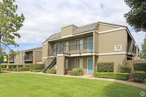 Photo of 455 E Nees Ave, Fresno, CA 93720