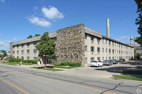 Photo of 2130 University Ave, Madison, WI 53726