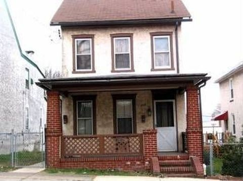 Photo of 432 Lincoln Ave Apt 1, Pottstown, PA 19464