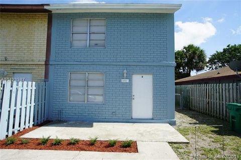 Photo of 1653 W 27th St, West Palm Beach, FL 33404