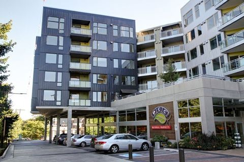Photo of 4801 Rainier Ave S, Seattle, WA 98118