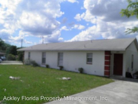 606 Cloude Holmes Senior Ave, Haines City, FL 33844