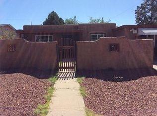 Photo of 624 Grove St Ne, Albuquerque, NM 87108