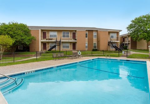 Photo of 503 Southwest Pkwy, College Station, TX 77840
