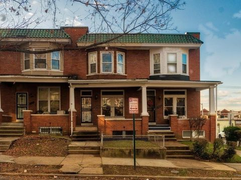 Photo of 2543 Arunah Ave, Baltimore, MD 21216