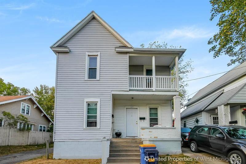 129 Palmer St Ne, Grand Rapids, MI 49505