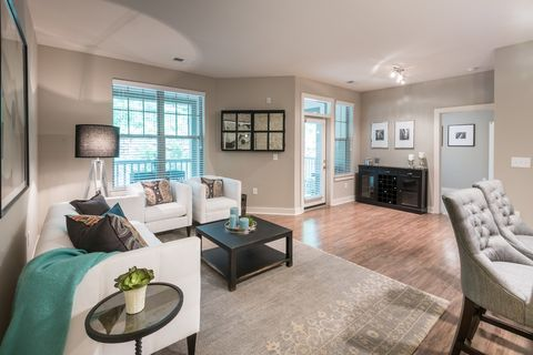 Photo of 1731 Tupelo Hill Ln, Raleigh, NC 27607