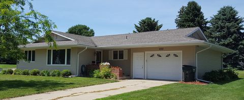 Photo of 505 Belview Dr, Moville, IA 51039