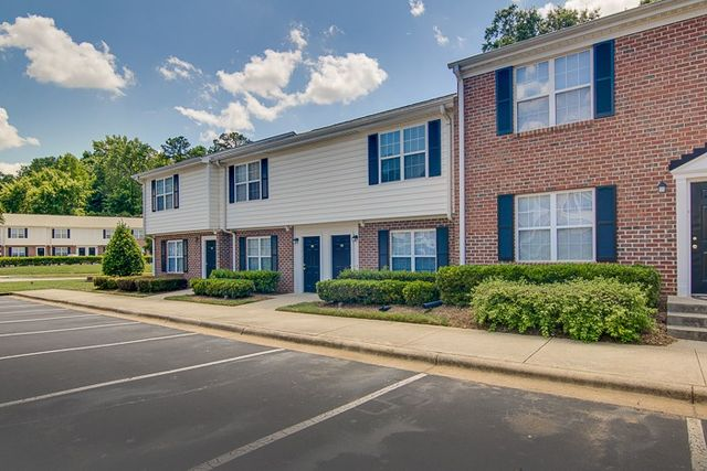 503 culpepper hill ct cary nc 27513 for 2 bedroom townhouse in durham nc