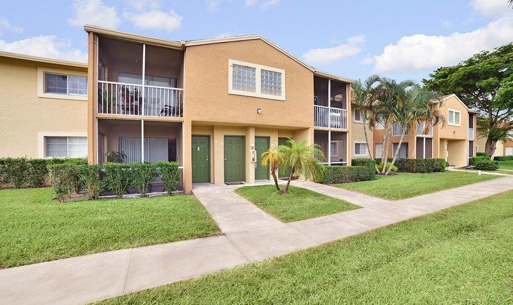 College Housing West Palm Beach