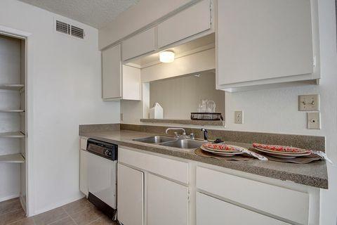 4675 Oakwood Dr, Odessa, TX 79761. $960. Fairgreen Apartment Homes
