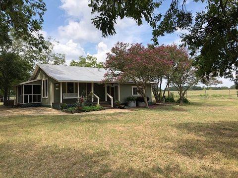 Photo of 281 Paint Creek Rd, McDade, TX 78650