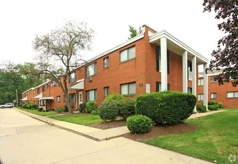 Photo of 4015 Rocky River Dr, Cleveland, OH 44135