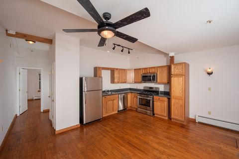 Photo of 1 S Park St Apt 1 D, Cambridge, NY 12816