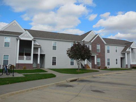2725 Heinz Rd, Iowa City, IA 52240