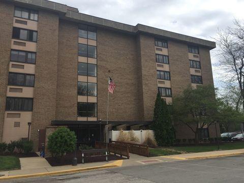 Photo of 1011 W Washington St, Pontiac, IL 61764