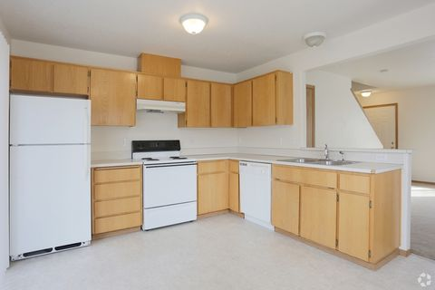 Photo of 6702 Se 80th Ave, Portland, OR 97206