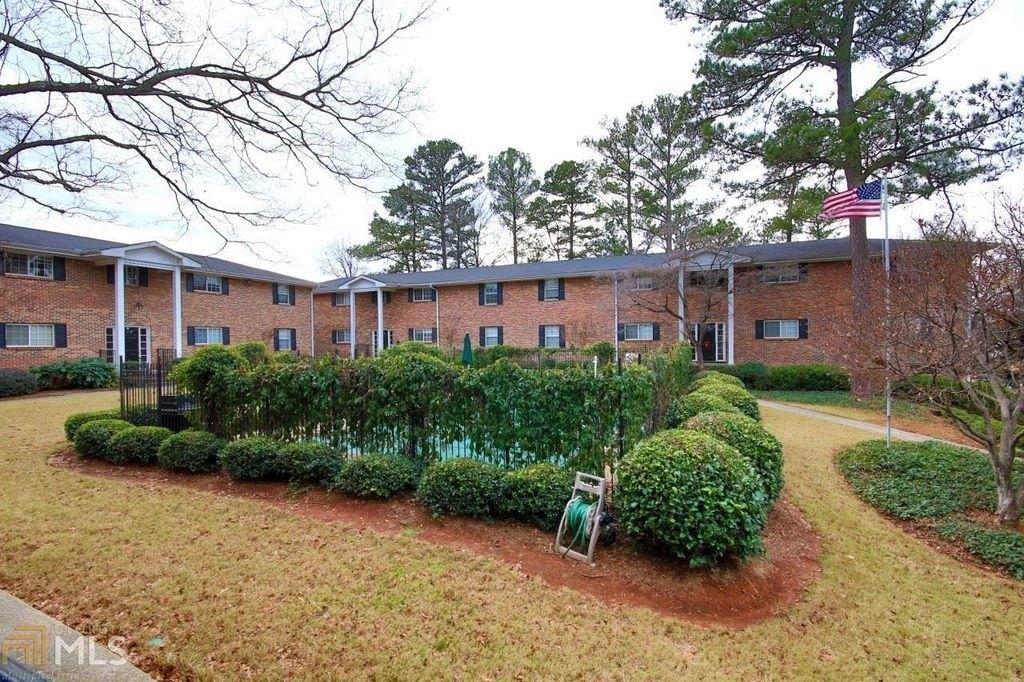 315 Hilderbrand Dr, Atlanta, GA 30328