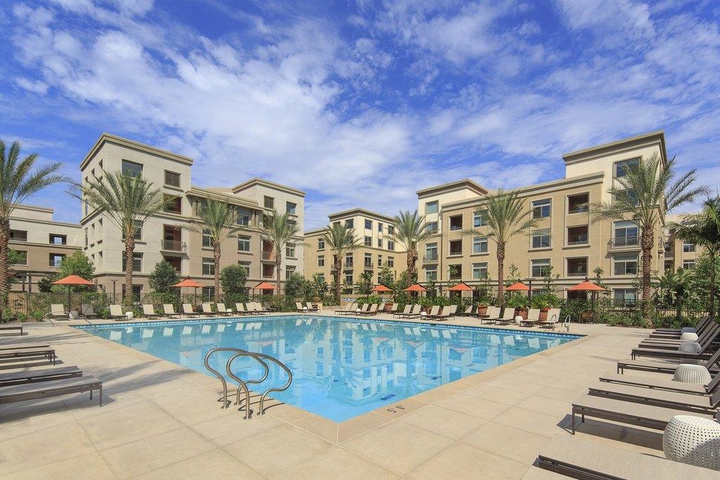 Centerpointe Apartment Homes  Gateway Irvine Ca