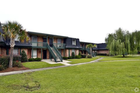 9111 White Bluff Rd, Savannah, GA 31406