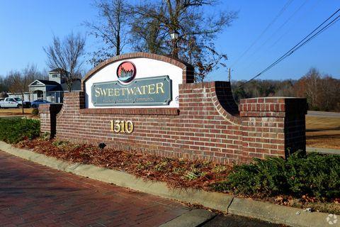 Photo of 1310 Fairview Ave, Prattville, AL 36066
