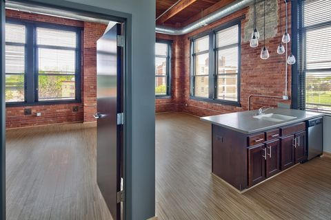 Incredible Highland Park Rochester Ny Apartments For Rent Realtor Com Download Free Architecture Designs Scobabritishbridgeorg