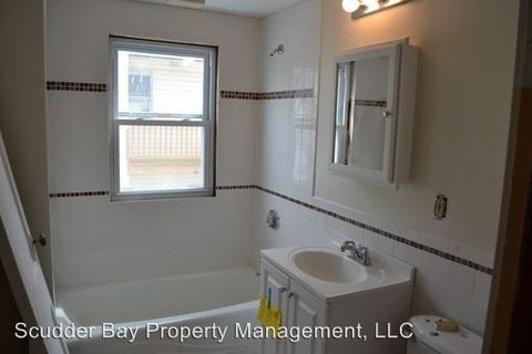 Photo of 6 Oliver St, Worcester, MA 01603