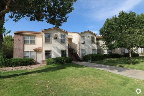 Photo of 502 S Wyoming Ave, Roswell, NM 88203