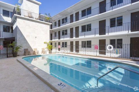 Photo of 3200 Mary St, Miami, FL 33133