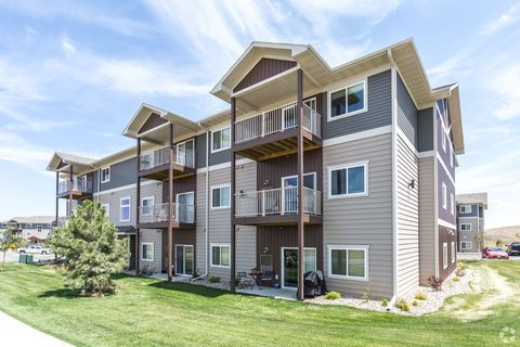 4810 Shelby Ave, Rapid City, SD 57701