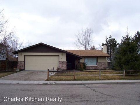1529 Evan St, Carson City, NV 89701