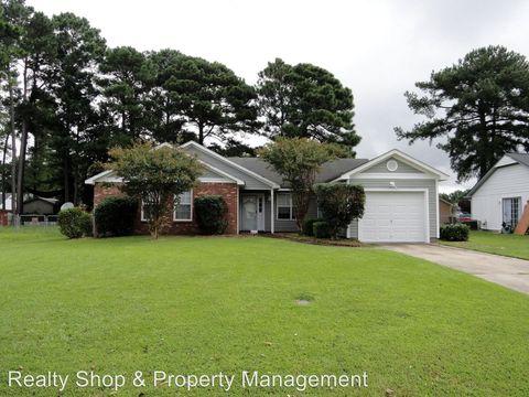 Photo of 102 Honey Tree Ct, Midway Park, NC 28544